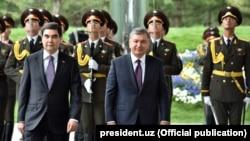 Türkmen prezidenti özbek kärdeşi bilen.