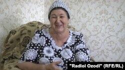 Зайтуна Самадова, модари Дилшод Назаров.