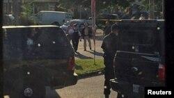 Канада полициясы Онтарио провинциясының Стратрой қаласында теракт туралы ақпараттан соң рейд жүргізіп жатыр. 11 тамыз 2016 жыл.