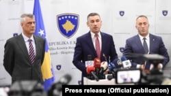 Presidenti Hashim Thaçi, kryetari i Kuvendit, Kadri Veseli, dhe kryeministri i dorëhequr, Ramush Haradinaj - Foto nga arkivi.