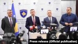 Косовскиот премиер Рамуш Харадинај, и претседателот на државата Хашим Тачи