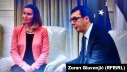 Federica Mogherini cu președintele sîrb Aleksandar Vucic la Belgrad