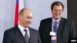 Представительство международной деловой и политической элиты на Петербургском форуме было скромным, считает Ясин