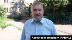 Жұмысшылар қозғалысының жетекшісі Мәдел Исмаилов. Алматы, 30 маусым 2015 жыл.