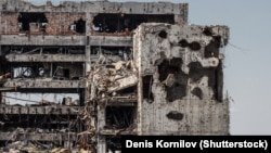 Руїни на місці аеропорту Донецька