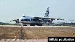Според бившия служебен министър на отбраната Тодор Тагарев самолет АН-124 е прелетял с ракети С-400