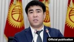 Жанар Акаев, Қырғызстан парламентінің депутаты.