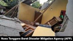 آژانس ژئوفیزیک اندونزی، ۱۳۰ پسلرزه را پس از وقوع زمینلرزه اصلی در این منطقه ثبت کرده است.