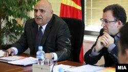 Никола Рилкоски, претседател на Државната изборна комисија (ДИК) и членот на Државната изборна комисија (ДИК), предложен од ДУИ Субхи Јакупи.