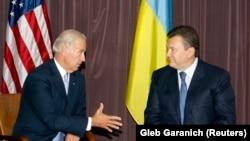 Тагачасны віцэ-прэзыдэнт ЗША Джо Байдэн і лідэр «Партыі рэгіёнаў» Віктар Януковіч, 21 Ліпеня 2009 году