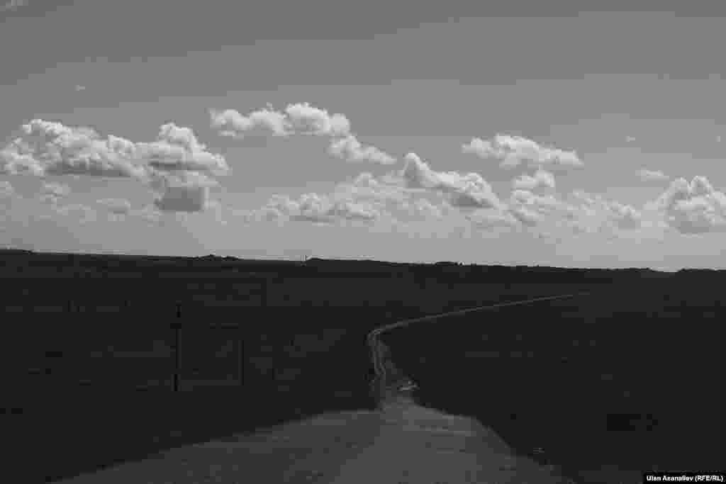 The road to Abakan, Khakassia
