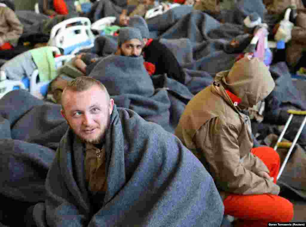 Алия Кесерович, заключенный из Боснии и Герцеговины, подозреваемый в принадлежности к ИГ, в лазарете в Эль-Хасаке.