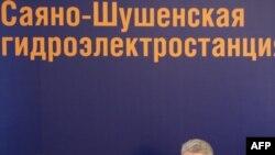 Владимир Путин на совещании по инвестиционной программе электроэнергетики.