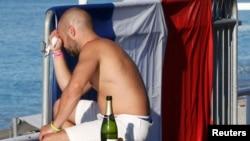 Fransız. Foto arxiv