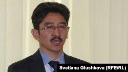 Гражданский активист Максат Ильясулы.