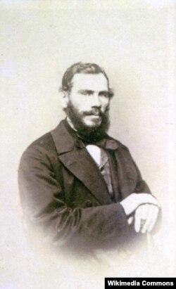 Tolstoy 34 yaşında