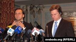 Радослав Сікорський (л) і Ґідо Вестервелле (п), архівне фото