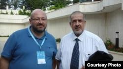 Гершом Киприсчи-Киприос и Рефат Чубаров на Всемирном конгрессе крымских татар в Анкаре