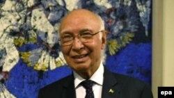 Sartaj Aziz, a foreign affairs adviser to the Pakistani prime minister. (file photo)