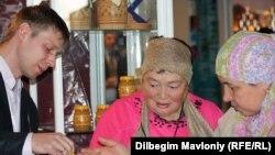 Халал тағамдар көрмесі. Алматы, 2 қазан 2010 жыл.