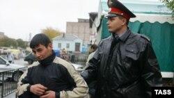 Патент меҳнат муҳожирини полиция тазйиқидан ҳам ҳимоя қилиши мумкин.
