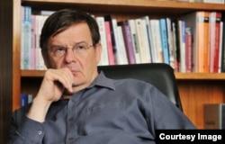 Профессор Андрей Ланьков