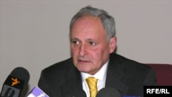 Oqtay Şirəliyev