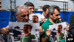 Turski novinari i aktivisti zahtijevaju oslobađanje Erola Onderoglua