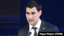 Түркіменстан президенті Гурбангулы Бердімұхамедовтың ұлы Сердар Бердімұхамедов.