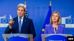 John Kerry și Federica Mogherini, Bruxelles, 27 iunie 2016