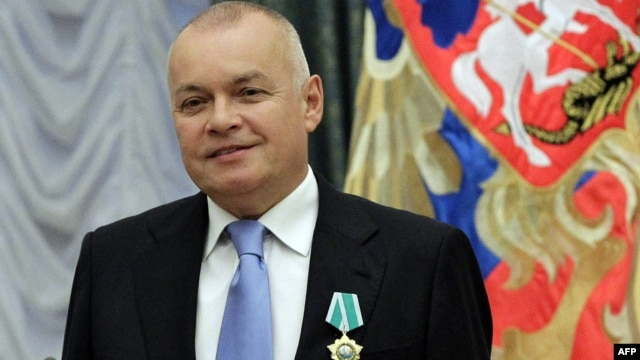 Dmitry Kiselyov uses his weekly news program as a soapbox to promote some of the Kremlin's most controversial policies and denigrate the West.