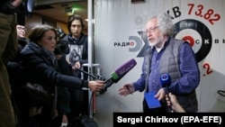Ekho Moskvy editor in chief Aleksei Venediktov speaks to journalists at the radio station in Moscow on October 23.