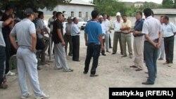Местные власти проводят разъяснительную работу среди населения, 22 июня