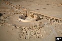Б.з.I-II кылымдарында курулган Палмиранын шаарынын урандылары. Учактан тартылган сүрөт. 13-январь 2009