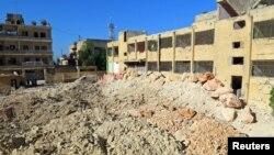 После авианалёта на госпиталь в Кафр-Тахариме (провинция Идлиб, 25 апреля 2017 г.)