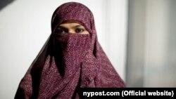 Zunera Ishaq qərbli qadındır. Niqab taxmaq onun könüllü qərarıdır.
