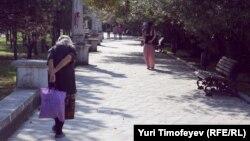 Организованного потока для посещения Абхазского госмузея почти нет, приходят отдыхающие в одиночку. Турфирмы, которые должны включать национальный музей в маршруты почему-то не спешат это делать