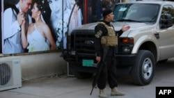 İraq təhlükəsizlik qüvvələrinin döyüşçüsü Bağdadda