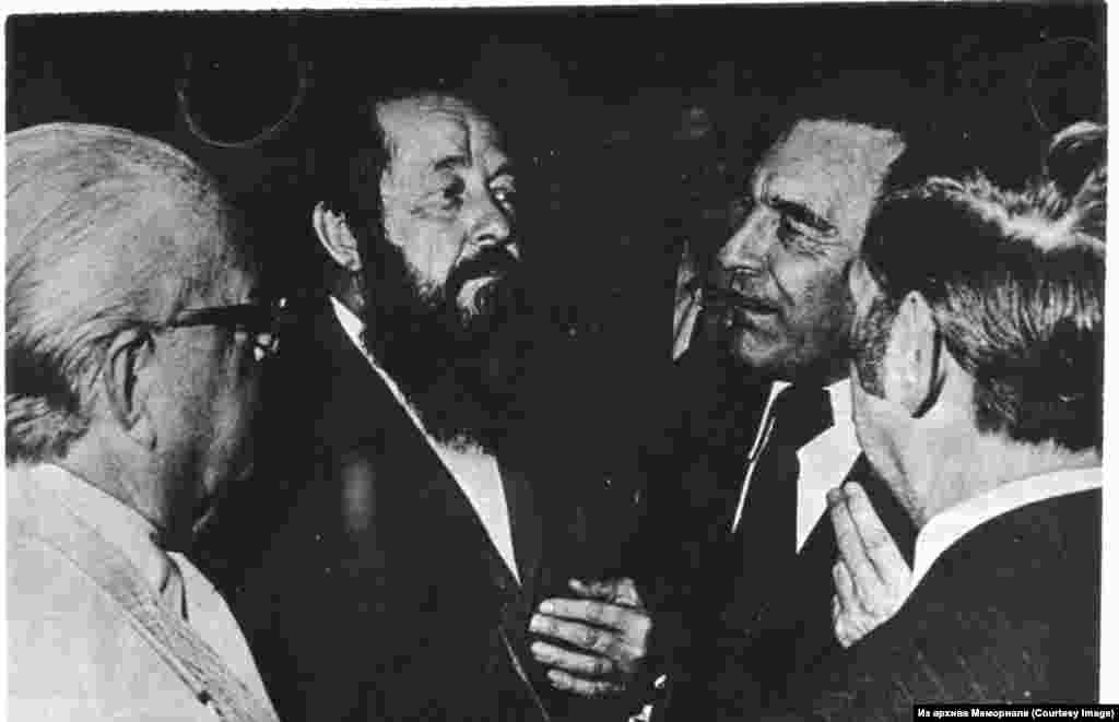 Александр Солженицын с участниками Конгресса американских профсоюзов в Вашингтоне