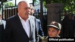 Председатель Союза добровольцев «Еркапах», Ереван, 8 мая 2015 г.