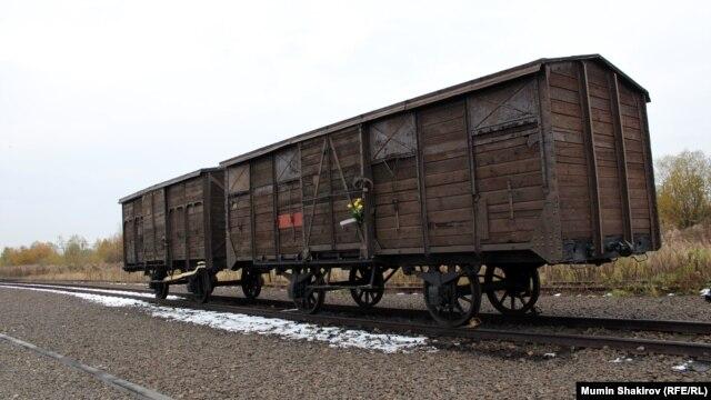 Вагон для перевозки узников концлагерей – экспонат мемориала на территории бывшего лагеря Аушвиц-Биркенау