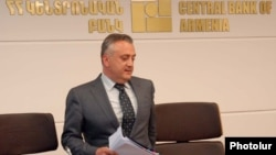Armenia - Central Bank Governor Artur Javadian holds a news conference, 14Jun2011.