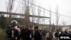Müşfiqabad məscidində Cümə namazı, 26 fevral 2010