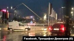 """Бул. """"Васил Левски"""" във Варна след проливния дъжд от вторник вечер"""