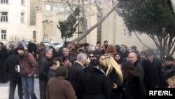 """""""Исполнительная власть Баку не вправе принуждать граждан к выселению, либо подавать иски об их выселении для государственных нужд"""""""