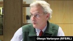 Профессор международных отношений Оксфордского университета Нил Макфарлейн