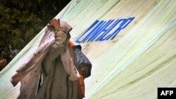 برخی از آوارگان منطقه «سوات» در اردوگاههای موقت اسکان داده شدهاند، سوابی چهارشنبه ۱۶ ارديبهشت ۱۳۸۸