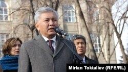 Бишкектин мурдагы мэри Иса Өмүркулов. 10-декабрь, 2012-жыл.