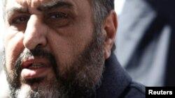 Мусулмонлар Биродарлиги етакчиси Хайрат ал-Шатер тинч намойишчиларни ўлдирганликда айбланиб қамоққа олинган.