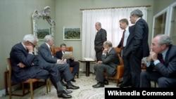Рональд Рейган с советниками. Советско-американский саммит в Исландии. Декабрь 1986, Рейкьявик